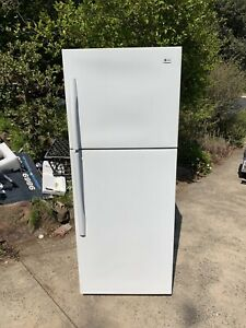 LG 440L fridge very good condition