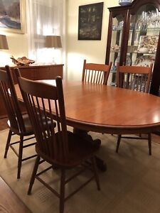 Solid Cherry Wood Dining Table Set with 4 Chairs