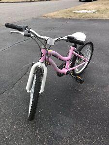 Vélo fillette 20 pouces