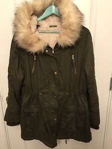 Size large Riley k winter jacket