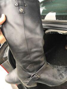 Black Bondo boots, size 9.5, asking $20.00