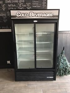 DRINK COOLER FOR STORE