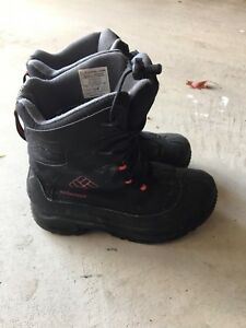 Boy Columbia winter boots. Size 6