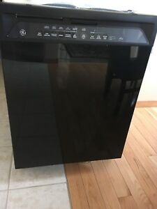 GE Dishwasher Black