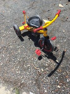 Toddler tow bike