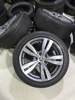 Holden VF commodore rims and tyres