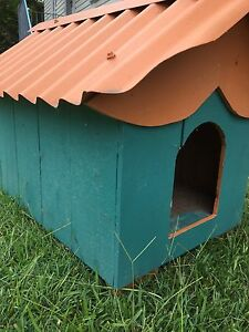 Cutest dog house ever.!! Deception Bay Caboolture Area Preview