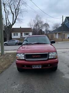 2005 GMC JIMMY - MINT CONDITION