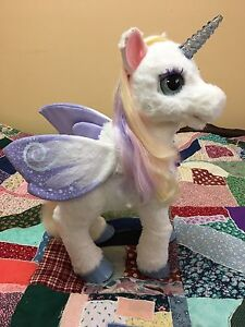 Star lily fur real pet toy
