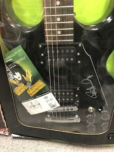 Lyon Washburn Paul Stanley signed kiss edition rare