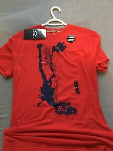 Brand new Oakley shirt size extra-large