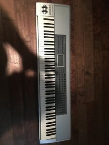 M-Audio prokeys 88 MIDI controller