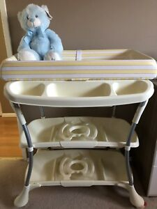 Bath tub and changing table in one