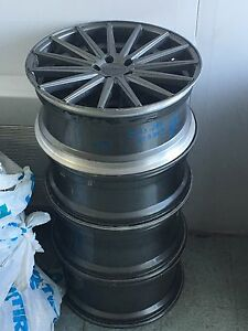 4 VOSSEN mags in perfect condition
