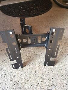 Wall Mount for flat screen TV