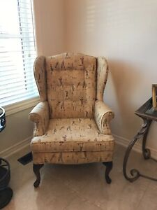 Wing Chair w/ Golf Print