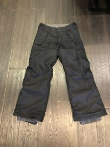 Boys Burton (size youth medium) Snowboard pants