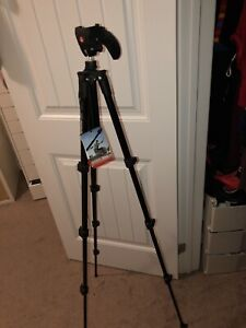 BRAND NEW CAMERA AND VIDEO TRIPOD manfrotto compact movie kit