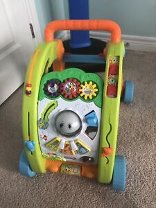 Baby walker , pull and discovery elephant activity