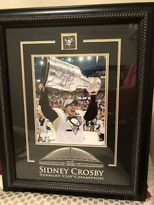 Signed Sidney Crosby Framed Prinr
