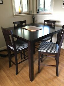 Bar height table set