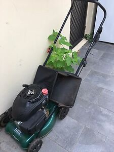 Lawn mower Warner Pine Rivers Area Preview