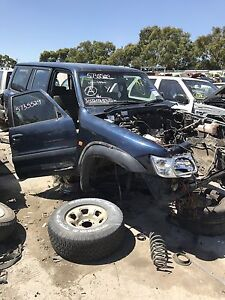 Nissan patrol 2001 wrecking all parts available Roxburgh Park Hume Area Preview