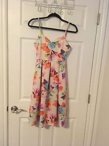 Dress for sale: never worn