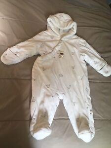 Snowsuit 3-6 months