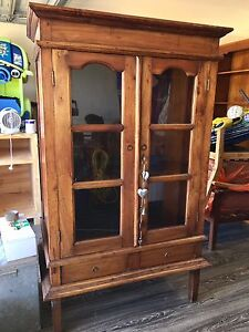 Timber tv/ entertainment display cabinet Redland Bay Redland Area Preview