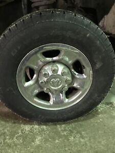 Set of 4 dodge wheels and winter tires