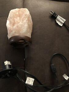 Salt lamp