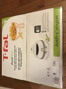 T-Fal ActiFry. BRAND NEW NEVER USED. THIS IS NOT A USED ITEM