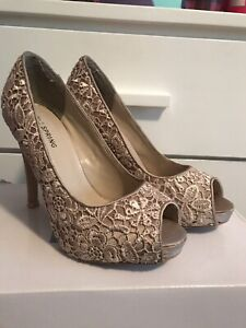 Nude Lace Heels - size 7