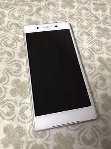 Sony Xperia Z5 locked to Bell or Virgin 2 months old