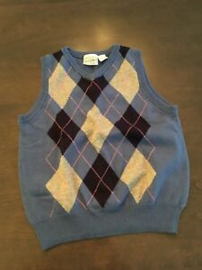 Various boys clothes sz 4T