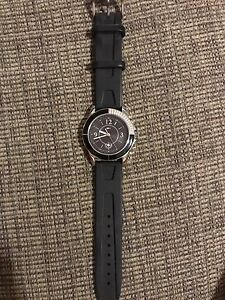 Tommy watch