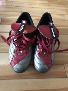 Men's soccer cleats - size 8.5