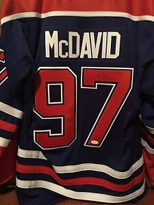 Connor McDavid Autographed Jersey