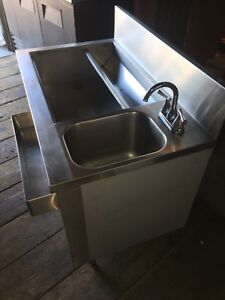 STAINLESS COCKTAIL SINK FOR SALE