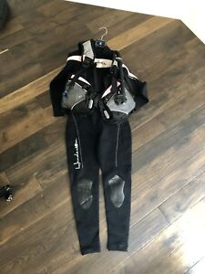 Scuba Gear - Woman's Large - Priced to Sell