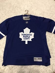 Toronto Maple Leafs XL RBK jersey