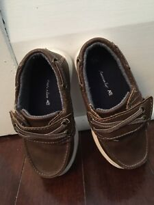Worn once 6.5 toddler boy loafers