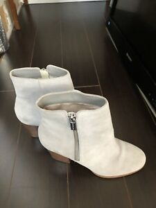 Michael Kors Boot Suede leather
