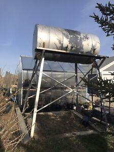 Diesel farm tank and stand