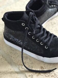 Like new Sparkle High-Tops sneakers for Girls size 3