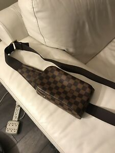 1000% Authentic Louis Vuitton Damier Ebene Messenger Geronimos