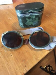 Vintage military motorcycle goggles?