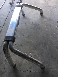Bt50 roll bar