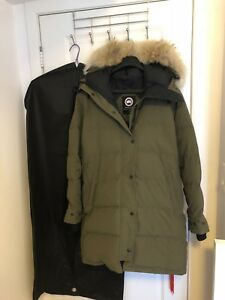 Canada goose shelburne parka good condition